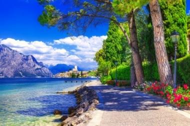 Очарованието на Италианските езера - Дар от Боговете Самолет и автобус